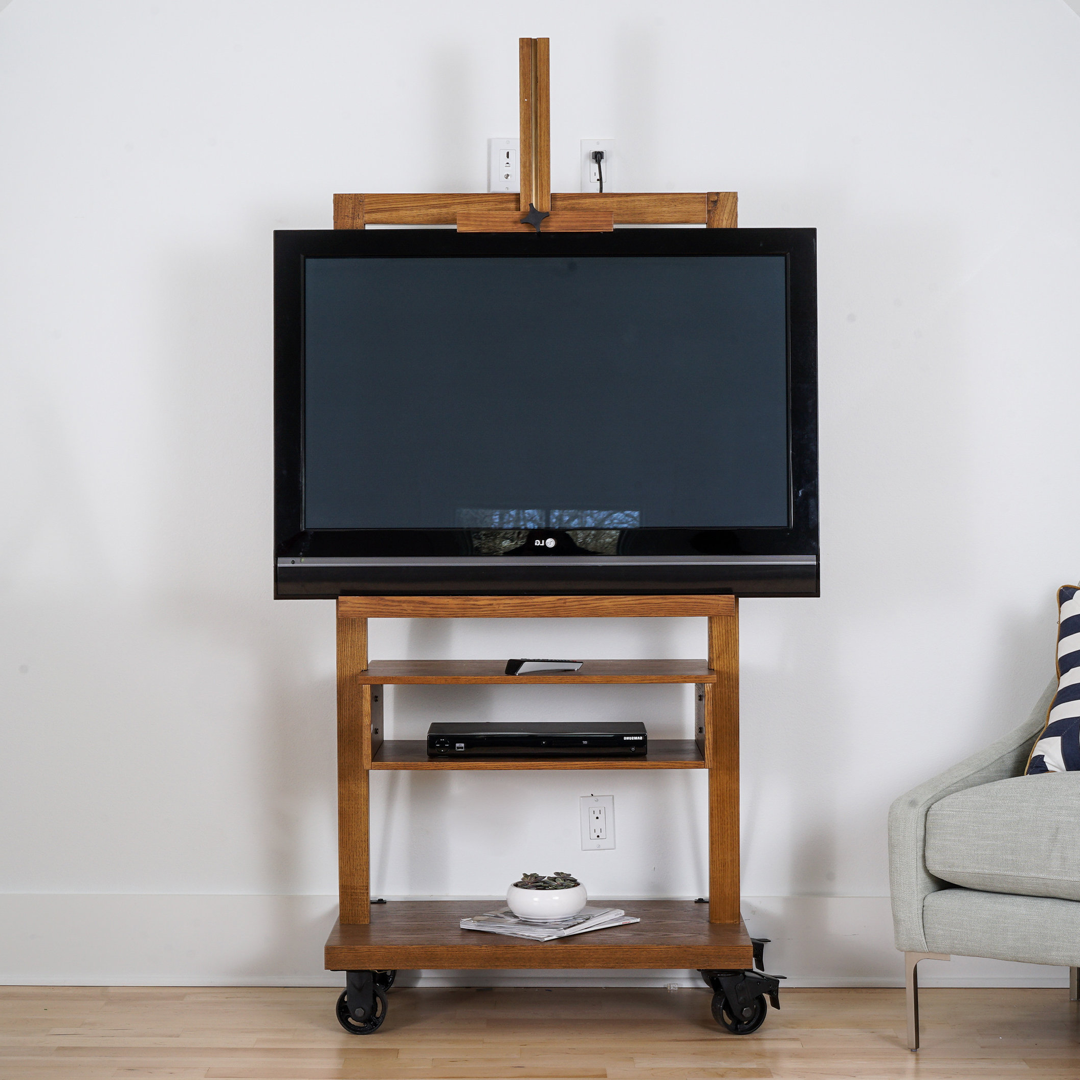 Tv Easel Stand Wheels (View 8 of 20)