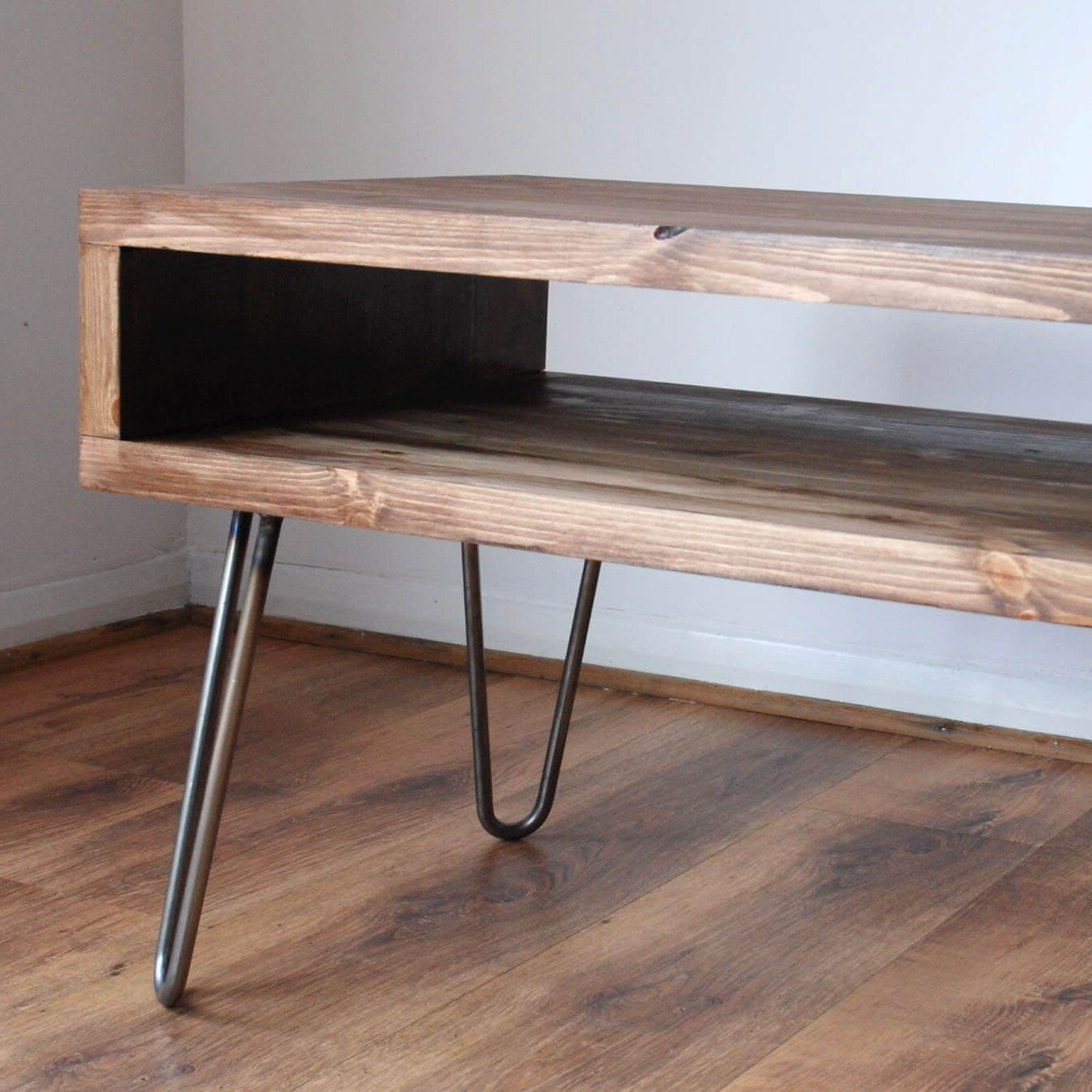 Featured Photo of Hairpin Leg Tv Stands