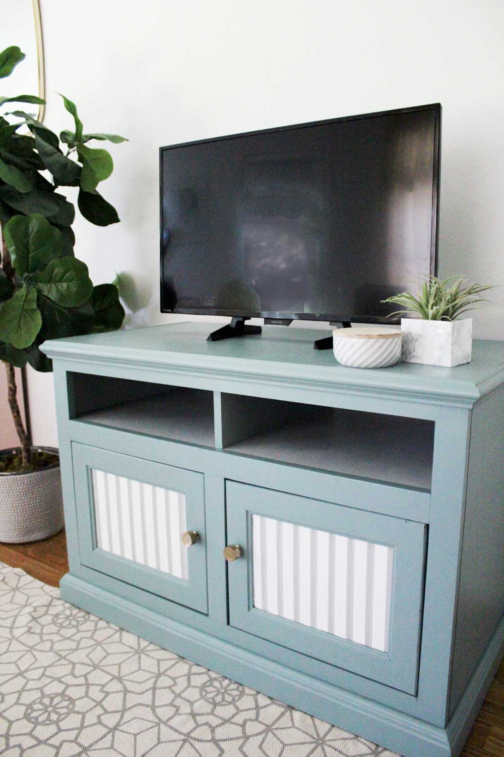 Well Liked Painted Tv Stand Makeover – Pretty Providence Intended For Painted Tv Stands (View 18 of 20)