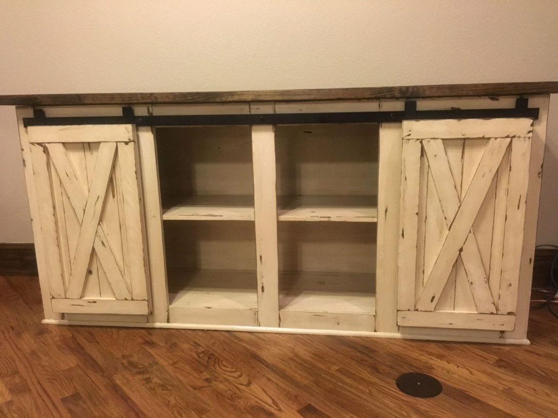 White Rustic Tv Stands Intended For Most Current Rustic Tv Stand With Barn Doors Excellent 44 New White Farmhouse Lg (View 14 of 20)
