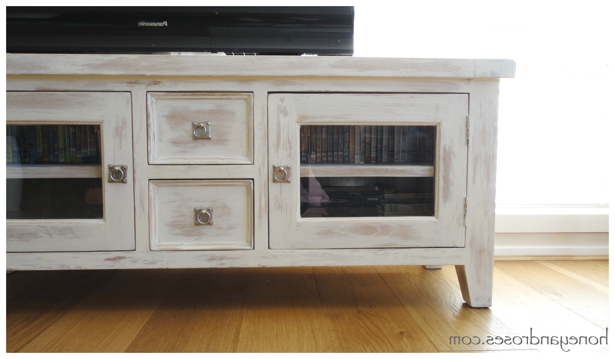 Widely Used Makeover Of A Tv Unit With Chalk Paint « Honey & Roses Intended For White Painted Tv Cabinets (View 20 of 20)