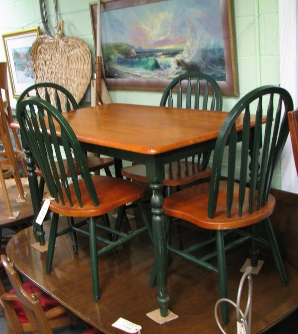 Most Up To Date Fascinating Country Kitchen Table And Chairs With Dark Green Color In Goodman 5 Piece Solid Wood Dining Sets (Set Of 5) (Gallery 15 of 20)