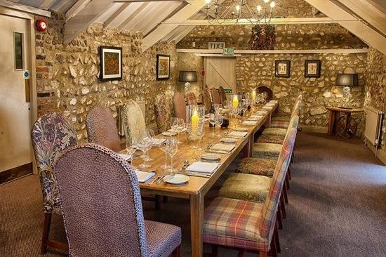 Trendy Tarleton 5 Piece Dining Sets With Regard To General Tarleton Inn Knaresborough (View 13 of 20)