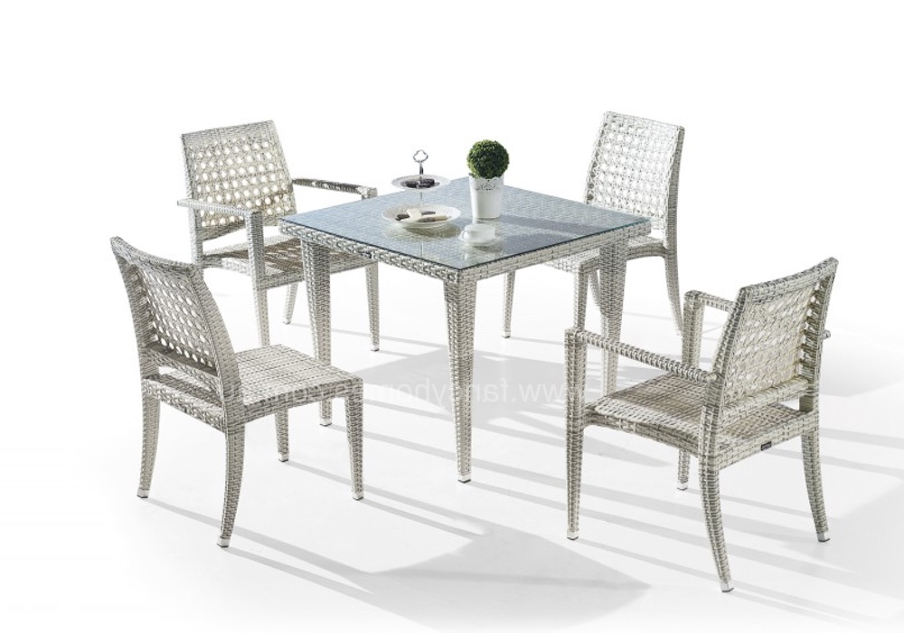 Wiggs 5 Piece Dining Sets For Famous Favio 5 Pcs Dining Set (View 19 of 20)