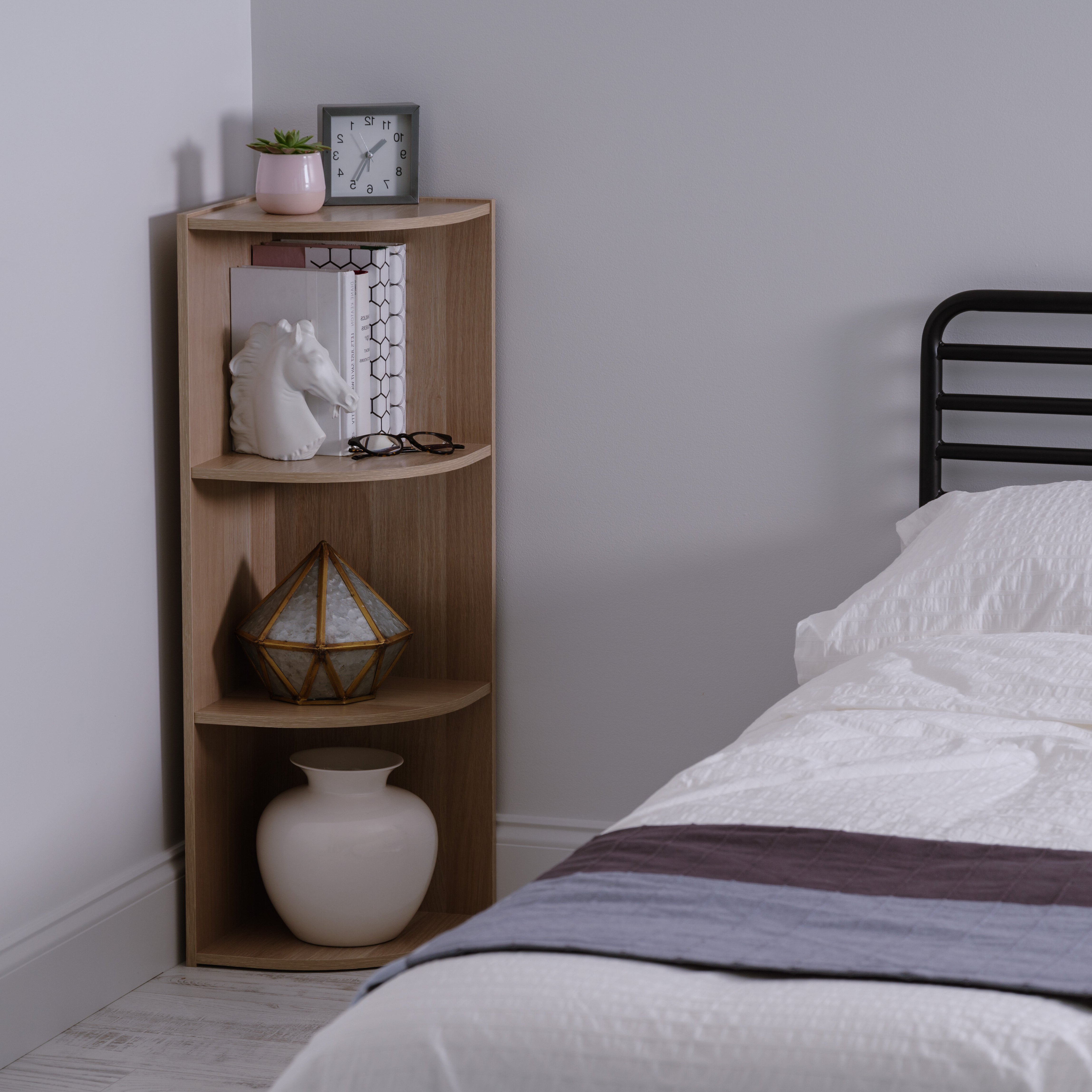 Corner Bookcase Intended For Trendy Thelen Corner Bookcases (Gallery 6 of 20)