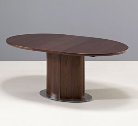 Favorite Extended Walnut Oval Pedestal Dining Room Table With Regard To Dawna Pedestal Dining Tables (View 6 of 25)