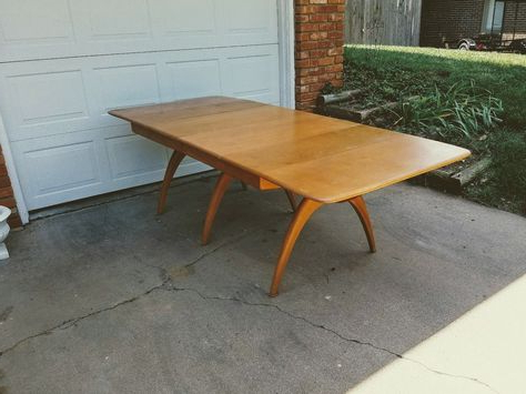 Granger 31.5'' Iron Pedestal Dining Tables In Preferred Sold For $300 July (View 11 of 25)