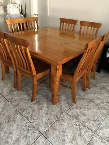 Gumtree In Latest Eleni 35'' Dining Tables (View 6 of 25)