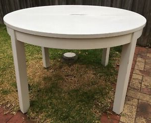 Ikea Bjursta White Round Extendable Dining Table (View 17 of 25)
