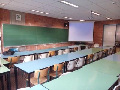 """Mode 72"""" L Breakroom Tables Inside Most Popular Séminaire Ch44 — Université De Namur (View 4 of 25)"""