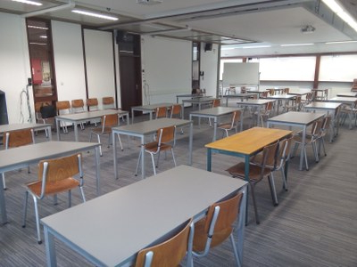 """Mode 72"""" L Breakroom Tables With Current Salle Académique — Université De Namur (View 9 of 25)"""