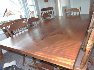 Popular Vintage Handmade Solid Pine Colonial Sturdy Dining Room With Regard To Febe Pine Solid Wood Dining Tables (View 24 of 25)