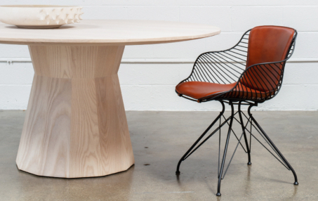 Villani Pedestal Dining Tables Within Fashionable Stahl Band (View 23 of 25)
