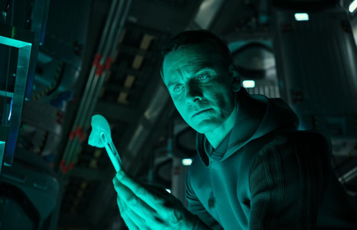 2017 Covent Tv Stands Inside Alien: Awakening, I Primi Dettagli Del (possibile) Sequel (View 14 of 25)