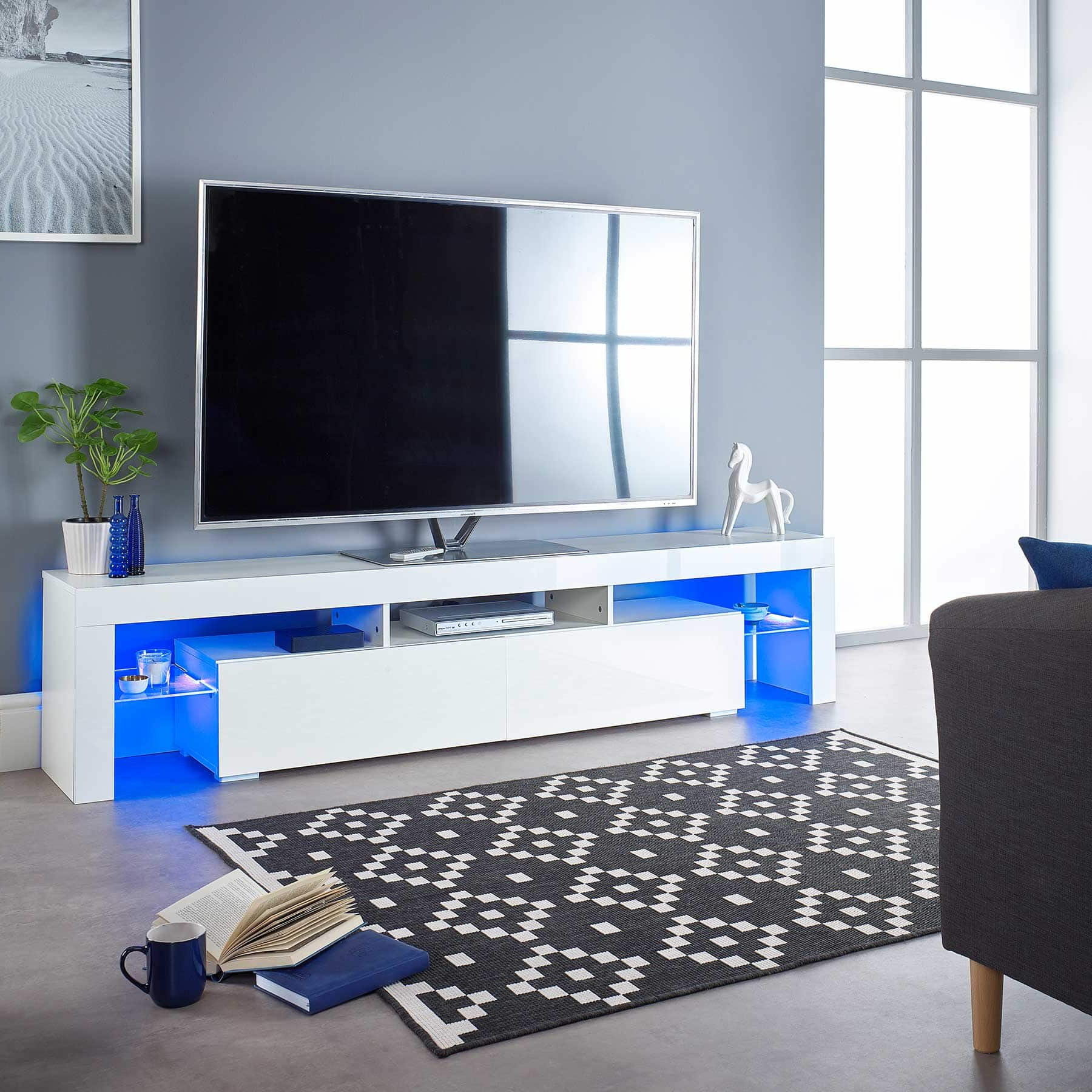 2018 Bromley Blue Wide Tv Stands Intended For Ts1704 Wide 200cm White Tv Cabinet For Up To 80″ Screens (View 9 of 10)