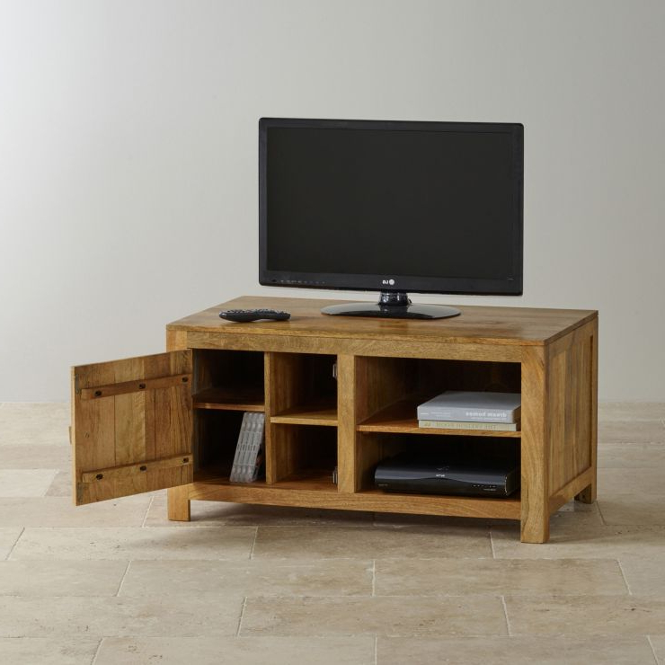Best And Newest Kemble For Tvs Up To 56 With Mantis Light Widescreen Tv + Dvd Cabinet In Natural Solid (View 9 of 25)