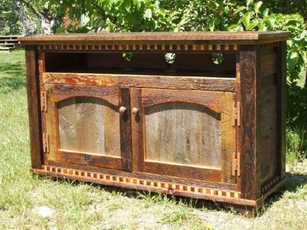 Country Roads Reclaimed Wood Tv Standidaho Wood Shop Intended For Current Rustic Country Tv Stands In Weathered Pine Finish (View 7 of 10)