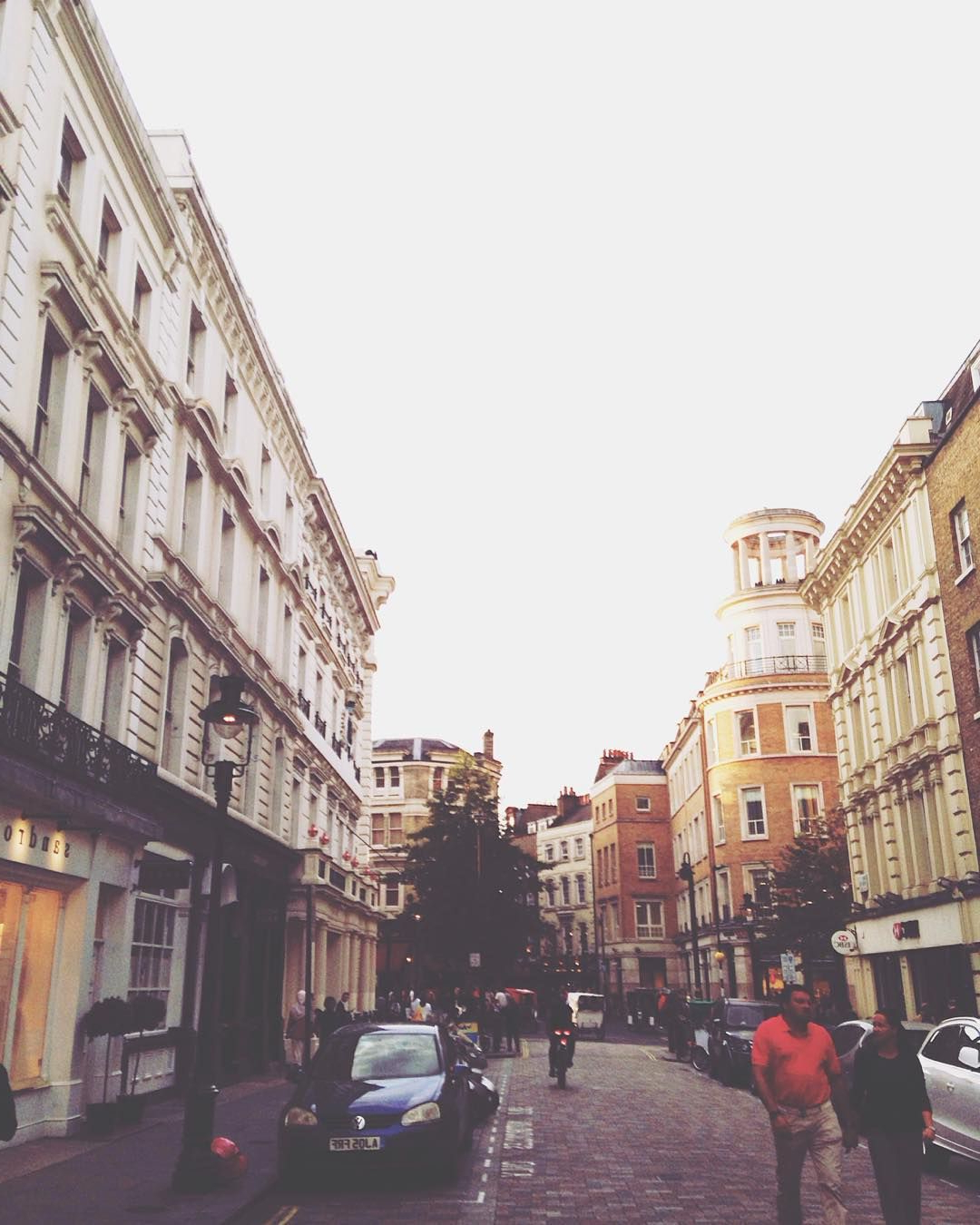 """Covent Tv Stands With Favorite """"#uk #coventgarden #london #romanholiday #halsey #lyrics (View 10 of 25)"""