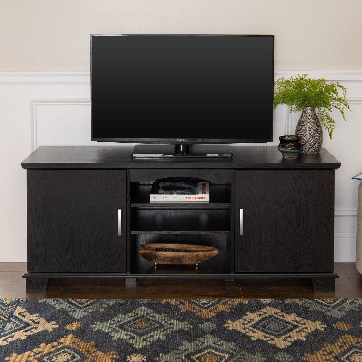Edgeware Black Tv Stands Within Most Up To Date Manor Park Traditional Tv Stand With Storage For Tv's Up (View 1 of 10)