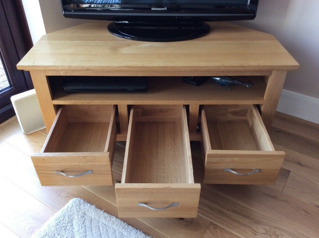 Famous Solid Oak Corner Tv Stand With One Spacious Shelf And In Sidmouth Oak Corner Tv Stands (View 8 of 10)