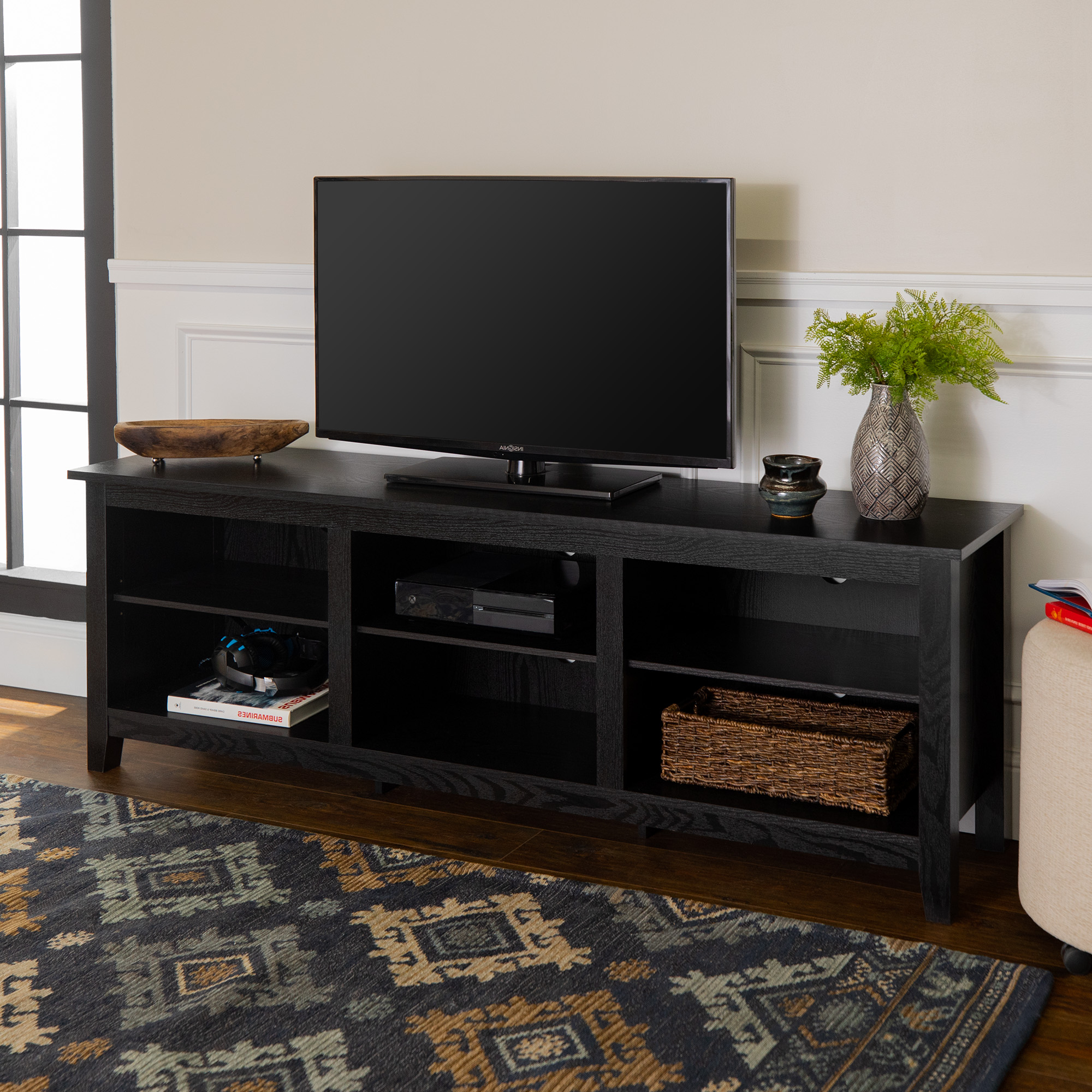 Farmhouse Woven Paths Glass Door Tv Stands Pertaining To Preferred Manor Park Wood Tv Media Storage Stand For Tvs Up To  (View 1 of 10)