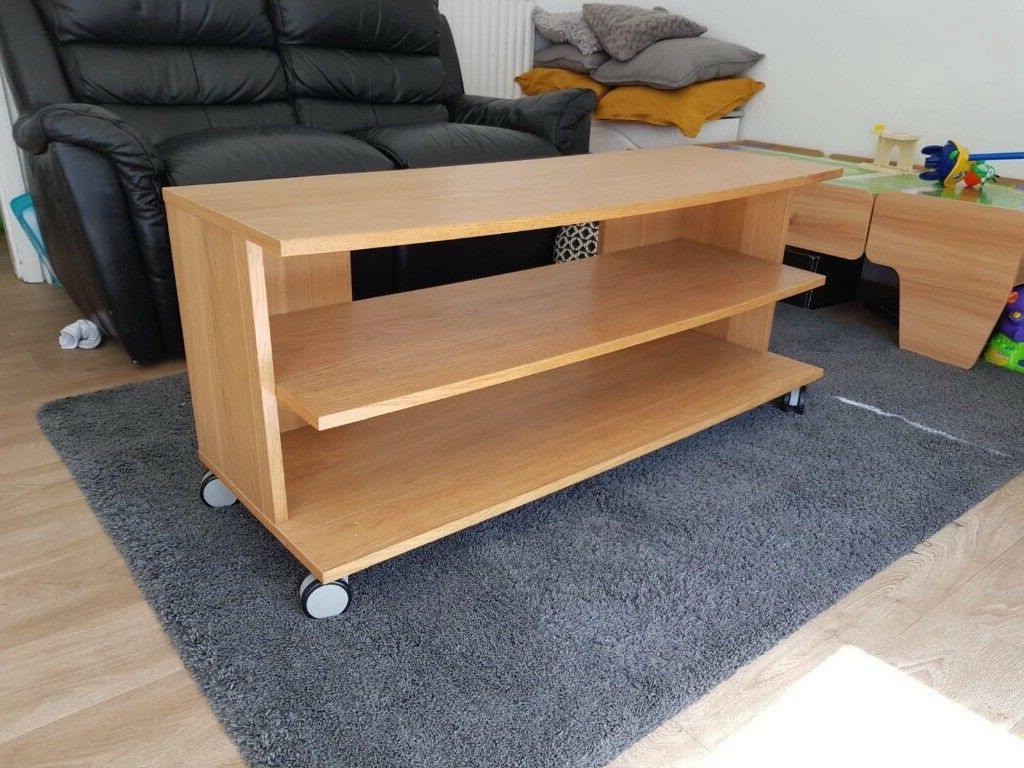 In Arnold, Nottinghamshire For Well Liked Fulton Oak Effect Corner Tv Stands (View 11 of 25)