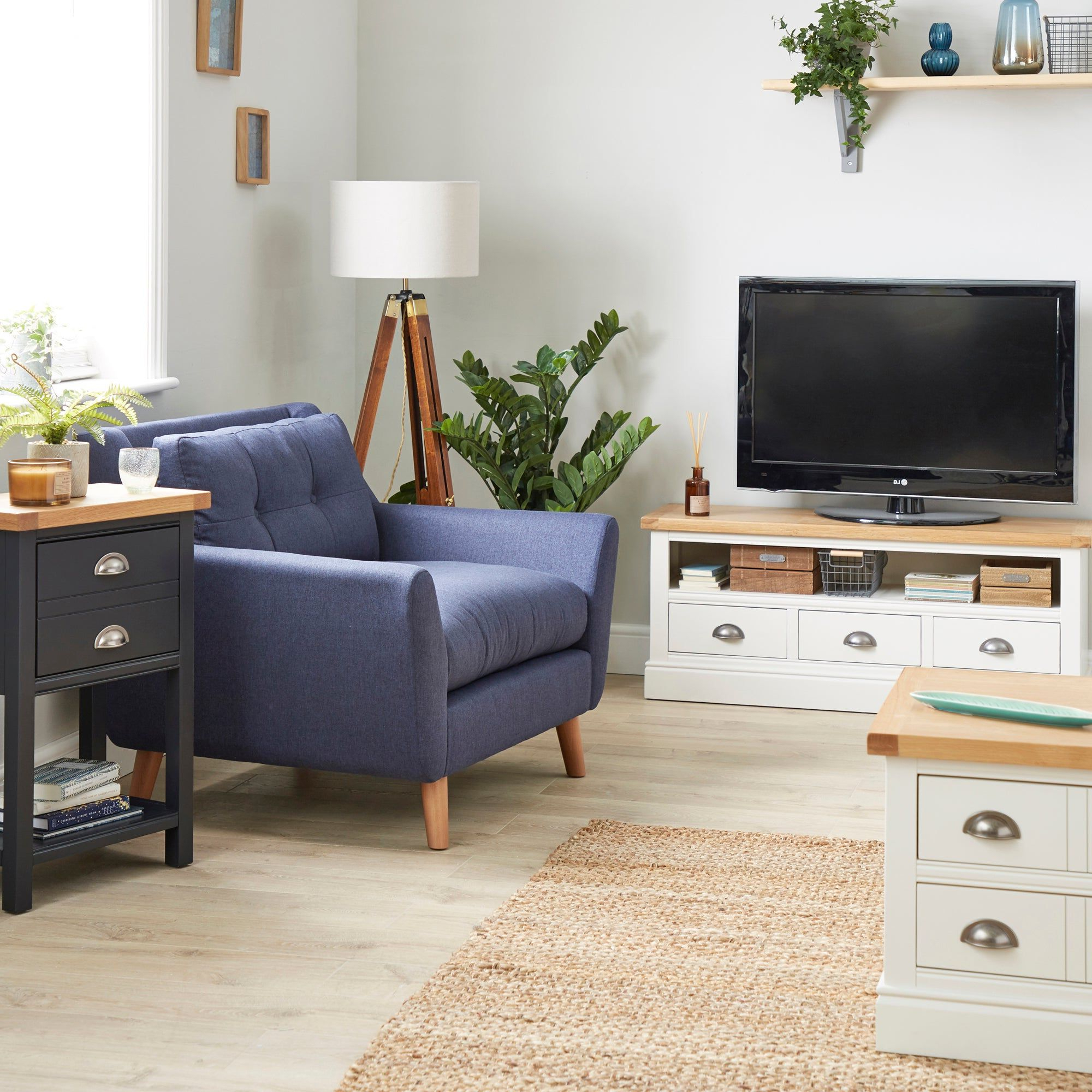 Living Room Furniture, Large (View 2 of 6)