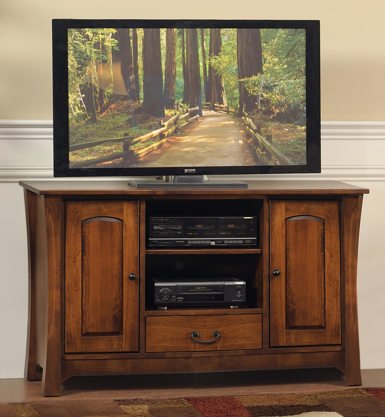 Most Popular Astoria Oak Tv Stands Throughout Woodbury Tv Stand – Amish Oak Warehouse (View 2 of 10)