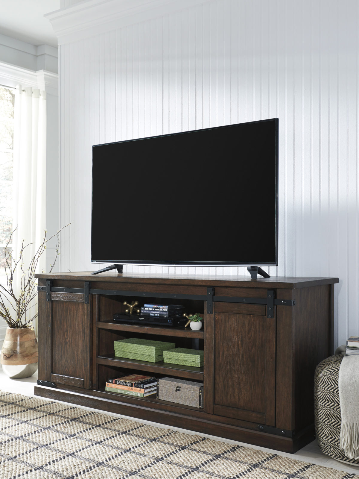 Most Popular Budmore Extra Large Tv Stand (View 3 of 10)