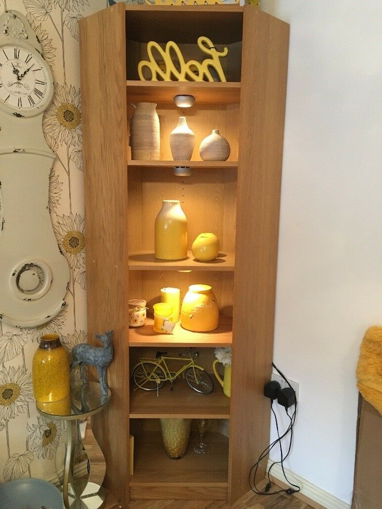 Oak Effect 6 Tier Tall Corner Decorative Shelf With Lights For Fashionable Fulton Oak Effect Corner Tv Stands (View 21 of 25)