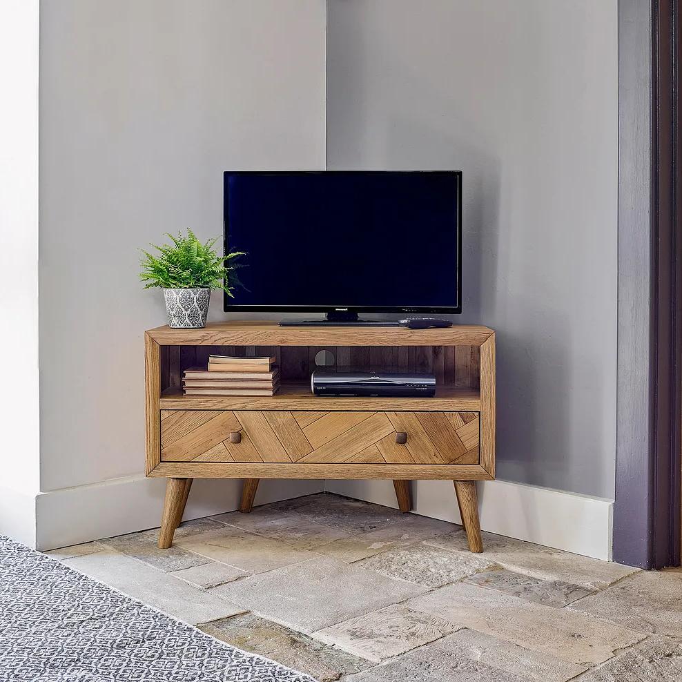 Oak Furnitureland In Regarding Manhattan Compact Tv Unit Stands (View 2 of 10)