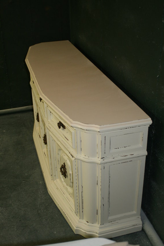 Veranda Ivory Console/ Entertainment Stand With Regard To Widely Used Compton Ivory Extra Wide Tv Stands (View 16 of 25)