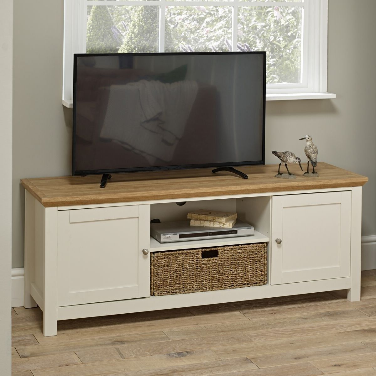 Wooden Tv Regarding Cotswold Widescreen Tv Unit Stands (View 1 of 10)