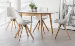 4 Seater Extendable Dining Tables