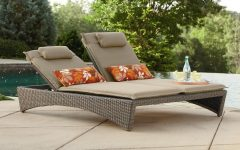 Chaise Lounge Chairs for Pool Area